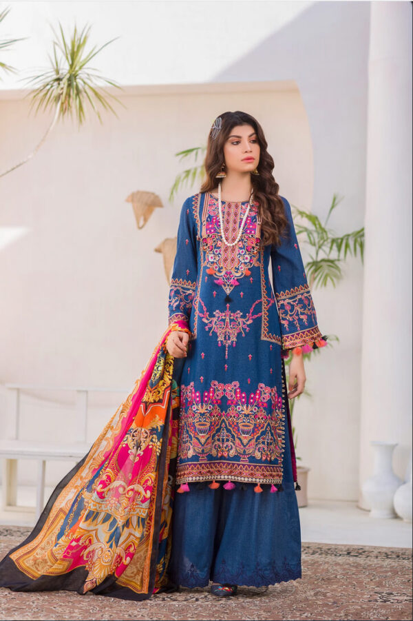 Bellis – Embroidered Lawn Karandi